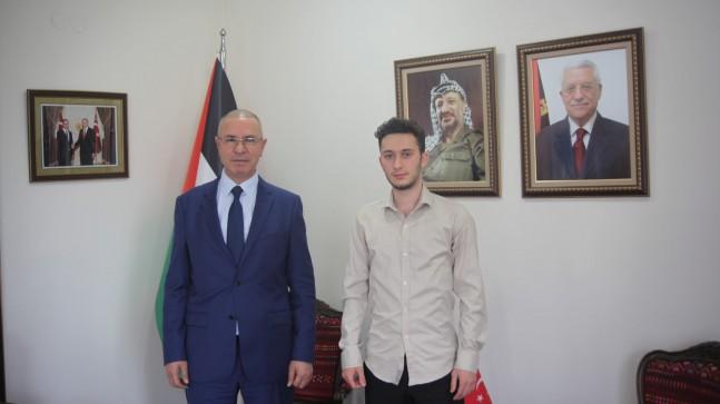 """Filistin Büyükelçisi Faed Mustafa : """"Filistin halkı gösterdiği dirençle Siyoniste geri adım attırdı"""""""