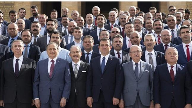 CHP, belediye başkanlarını 2 günlük kampa alacak