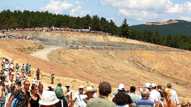 Yüzlerce çevreci Kaz Dağları'na yürüdü