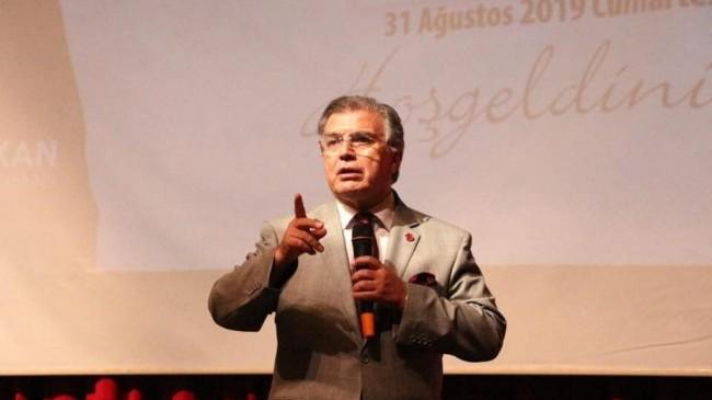 Prof. Dr. Doğan Aydal üniversite mezunlarını bekleyen tehlikeye dikkat çekti